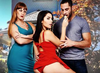 Valentina Nappi In Stuffing Cannoli with my Wife's hot Italian friend