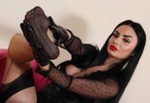Sexy spy Goddess Ambra seduces you to get the secret codes she needs