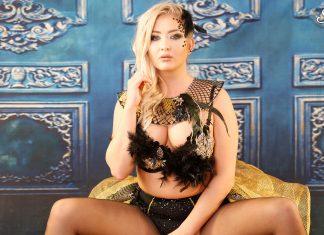 Cayla Lyons – Elegant Cosplay