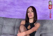 Irresistibly Gorgeous Daniela Shows Off Her Nylon-Clad Feet