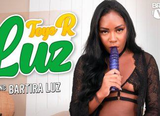 Toys R Luz