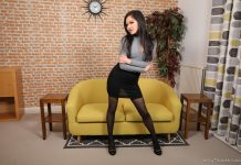 Louisa Lu – Sexy Pantyhose