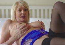 UK Milf Amy Pleasures Herself